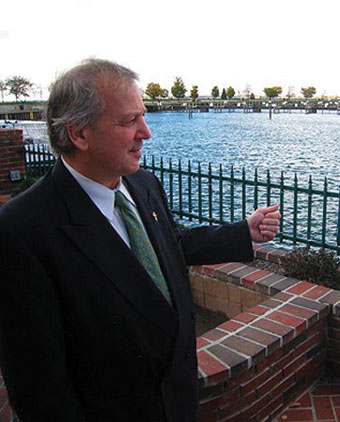 Al Coppola was reelected eight times to Buffalo's Common Council in the Delaware district before serving as State Senator.