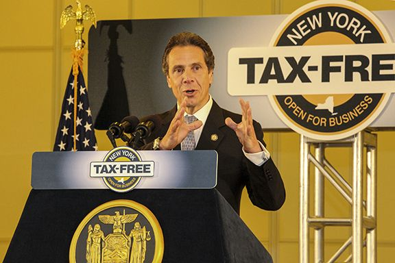 Governor Cuomo Details Tax-Free NY Initiative at CNSE - 6